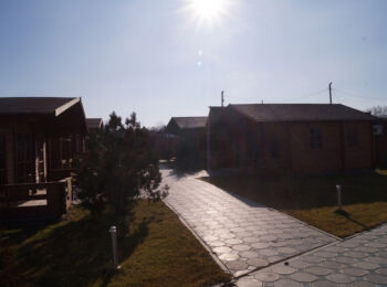 6х6 м, турбаза на берегу реки, ст. Тбилисская 024