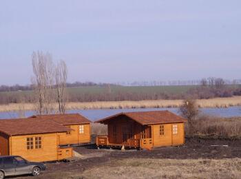 6х6 м, турбаза на берегу реки, ст. Тбилисская 027