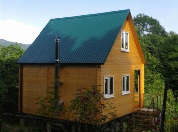 Дачный домик 5,2х5,2 м (с мансардой)